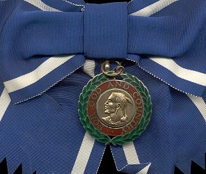 Badge, Obverse
