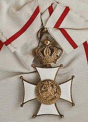 Knight Grand Cross: Badge